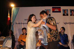 Acara Pemuda Anti Korupsi di kamboja; Gratis